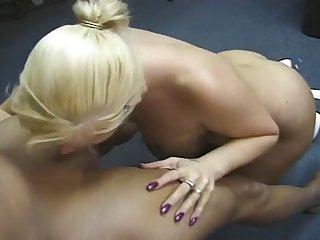 Erotic Blowjob Lady Blows
